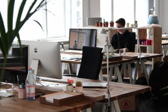 9 Key Lessons From Working for Design Agency Designers Must Know Pt1
