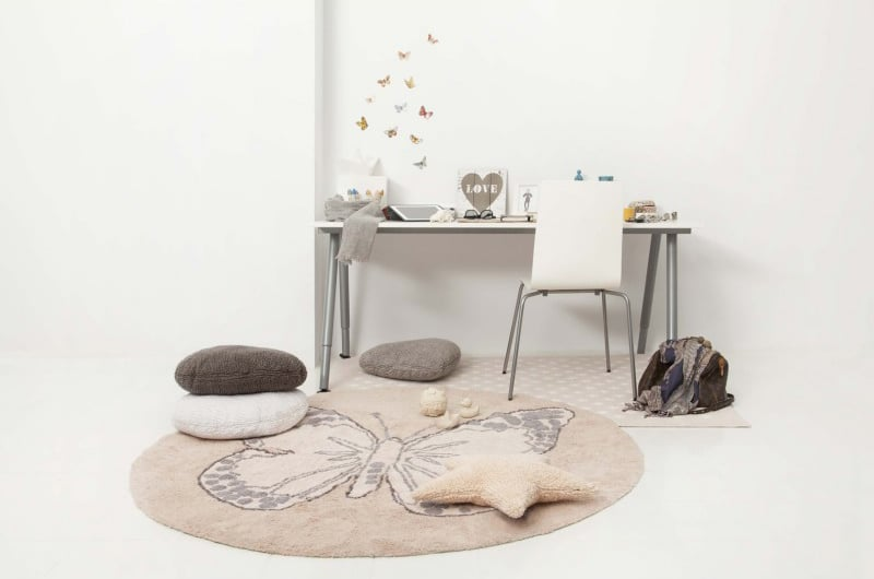 tapis-rond-pour-chambre-de-fille-rose-reversible-butterfly-lorena-canals