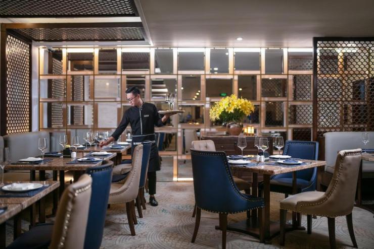 디 오리엔탈 제이드 호텔 레스토랑