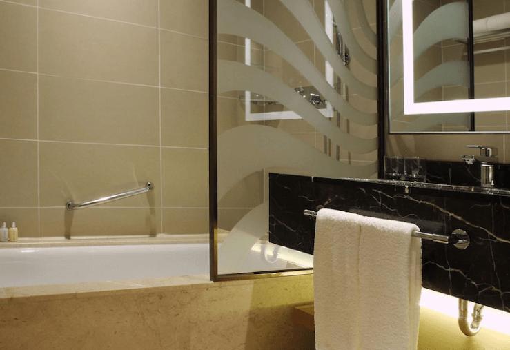 제주도 호텔 롯데시티호텔 스탠다드 더블룸 욕실