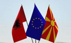 """ENDRI KAJSIU/ Zhgënjimi i Shqipërisë, tradhëtia e Maqedonisë dhe një """"laisez faire"""" për Rusinë"""