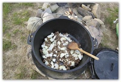 cowboy stew ground beef dutch oven