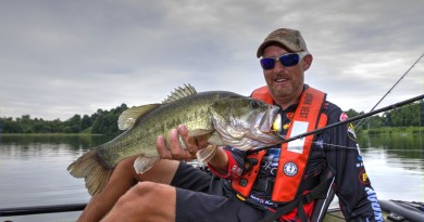 Wesley Strader crank fishing in kayak