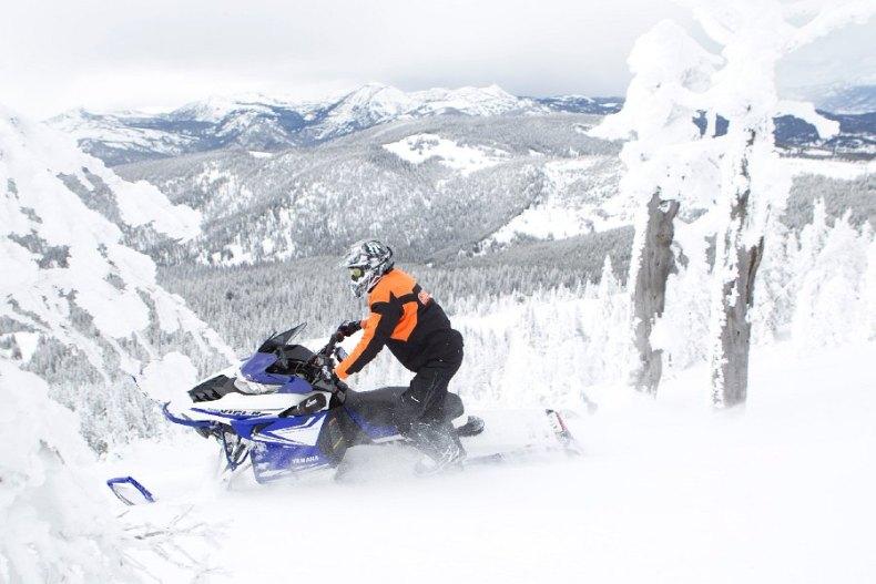 yamaha Viper MTX 162 Snowmobile