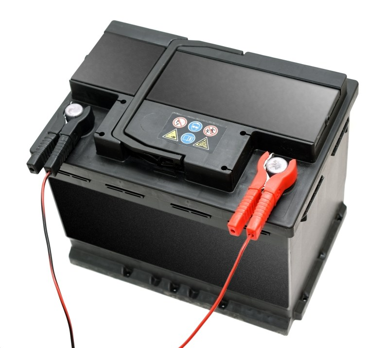 trickle charge battery