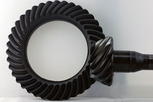 What is hypoid gear oil?