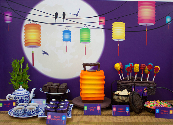 Lantern cake and props Dessert Table