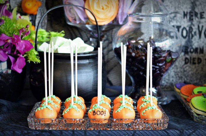 Halloween Party Ideas cake pops