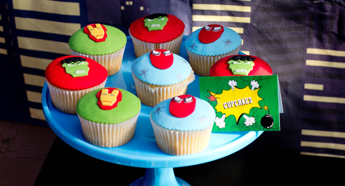 Superman Inspired Party dessert ideas