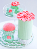 Mint & Coral Love Guest Dessert Feature