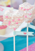 Pink & Turquoise Valentine's Day Guest Dessert Feature