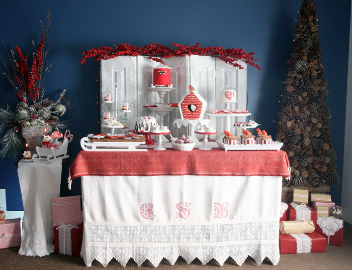 holiday-dessert-table