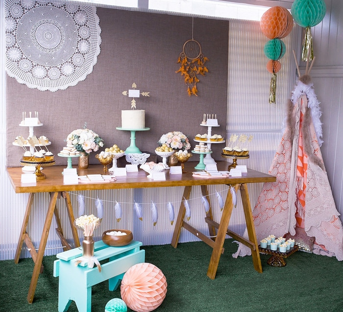 dreamcatcher-dessert-table