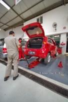 121221 - anp merah pedas servis 10000 km di kmi bintaro - 21 desember 2012 - IMGP5447 (Custom)