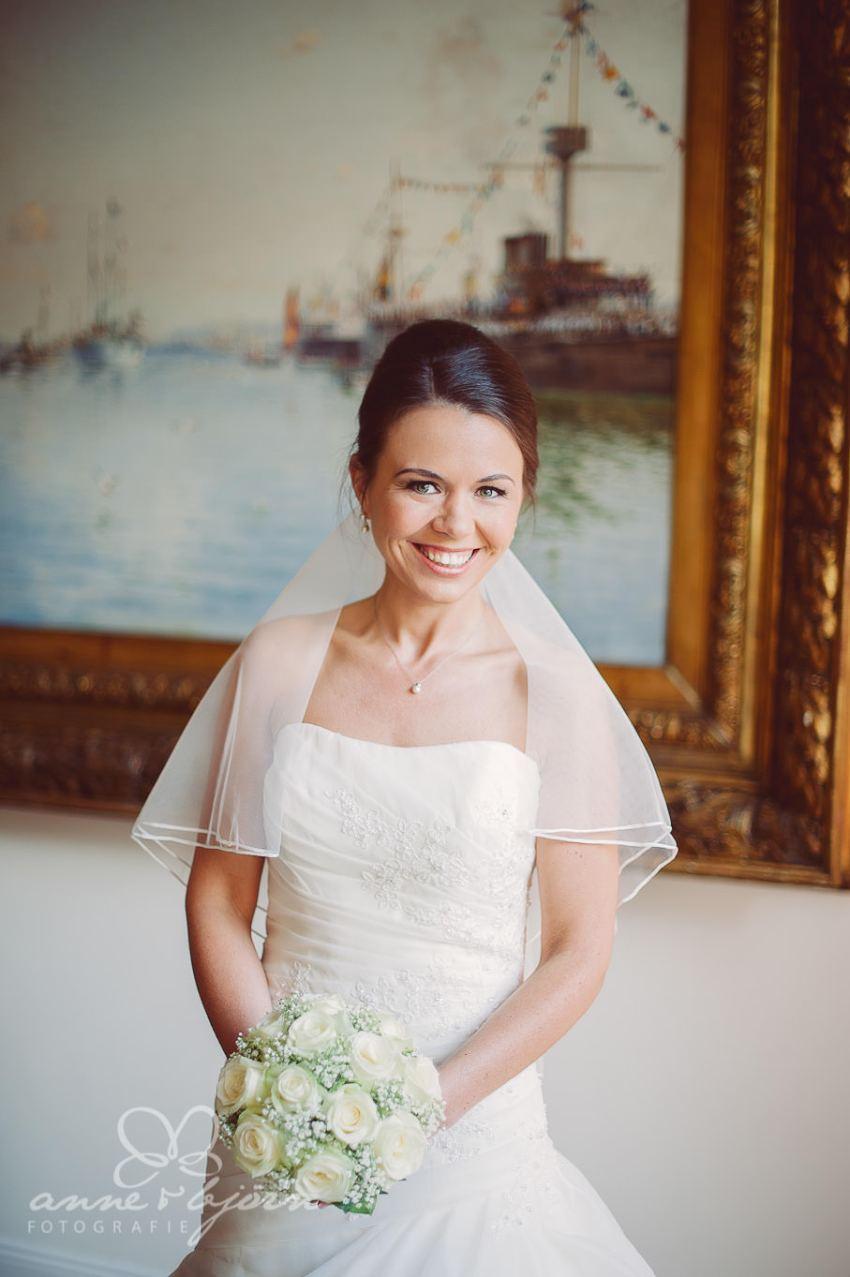 0029 mul aub 22666 bearbeitet - Melina & Lars - Hochzeit im Kieler Jachtclub