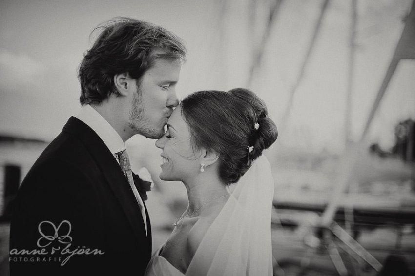 0064 mul aub 17512 bearbeitet bearbeitet - Melina & Lars - Hochzeit im Kieler Jachtclub