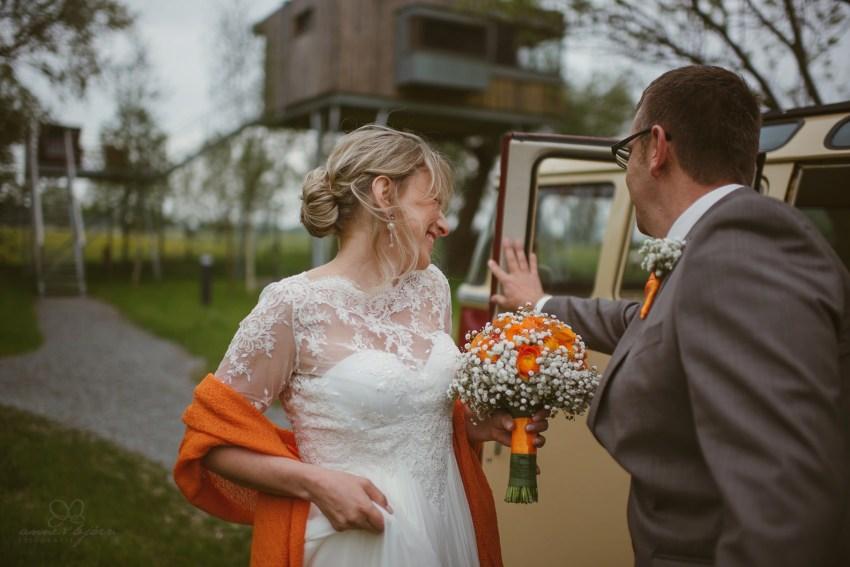 0035 anne und bjoern Manu und Sven D75 9290 1 - DIY Hochzeit im Erdhaus auf dem alten Land - Manuela & Sven