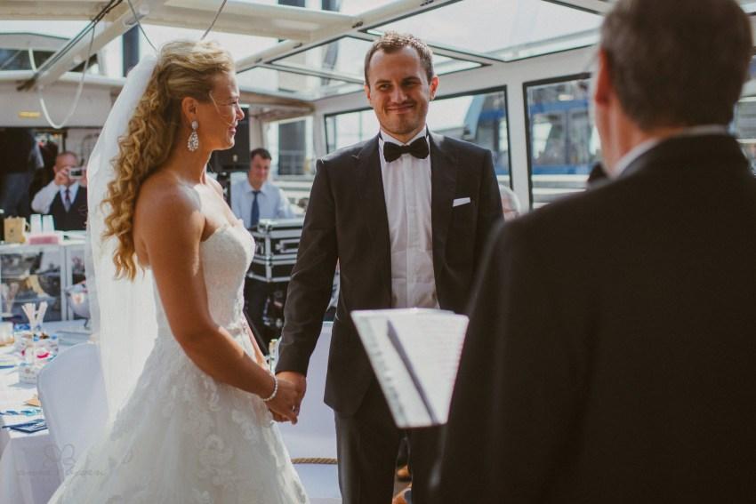 0034 dany sebastian hh d75 9597 - Bunte Hochzeit auf der Elbe - Daniela & Sebastian