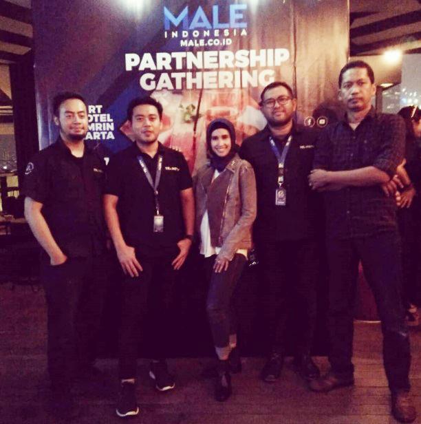male_partnership_gathering_3