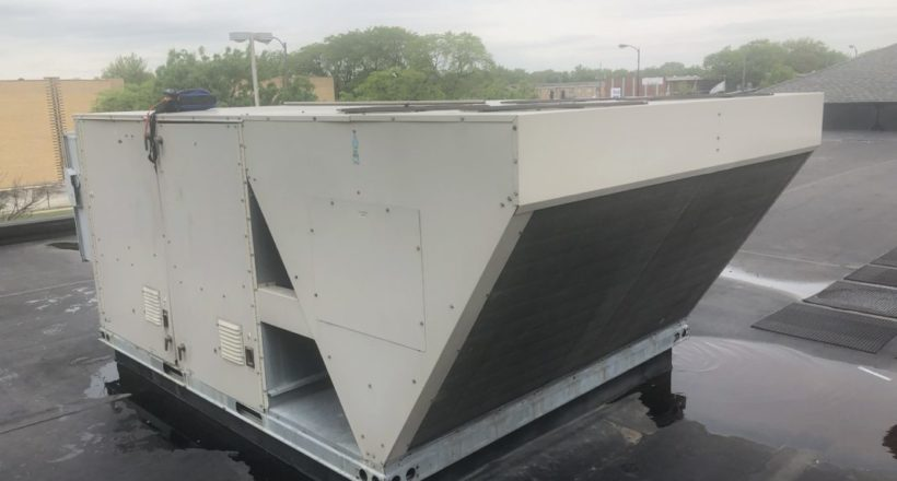 Fixing Commercial Roof Top Air Conditioner Unit - Arlington Heights Illinois