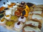 Deliciosa Bandeja de Pastelitos Mini de La Mundaquesa