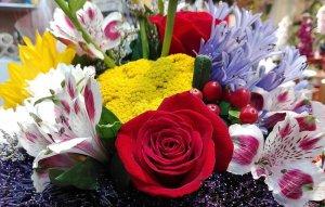 Ramo de Rosas y Flores