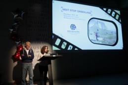 Álvaro Bultó y Lara Izagirre presentan el documental.