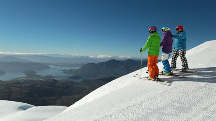 """Treble Cone overlooking Lake Wanaka: <a href=""""http://en.wikipedia.org/wiki/Treble_Cone"""" target=""""_blank"""">image credit</a>"""
