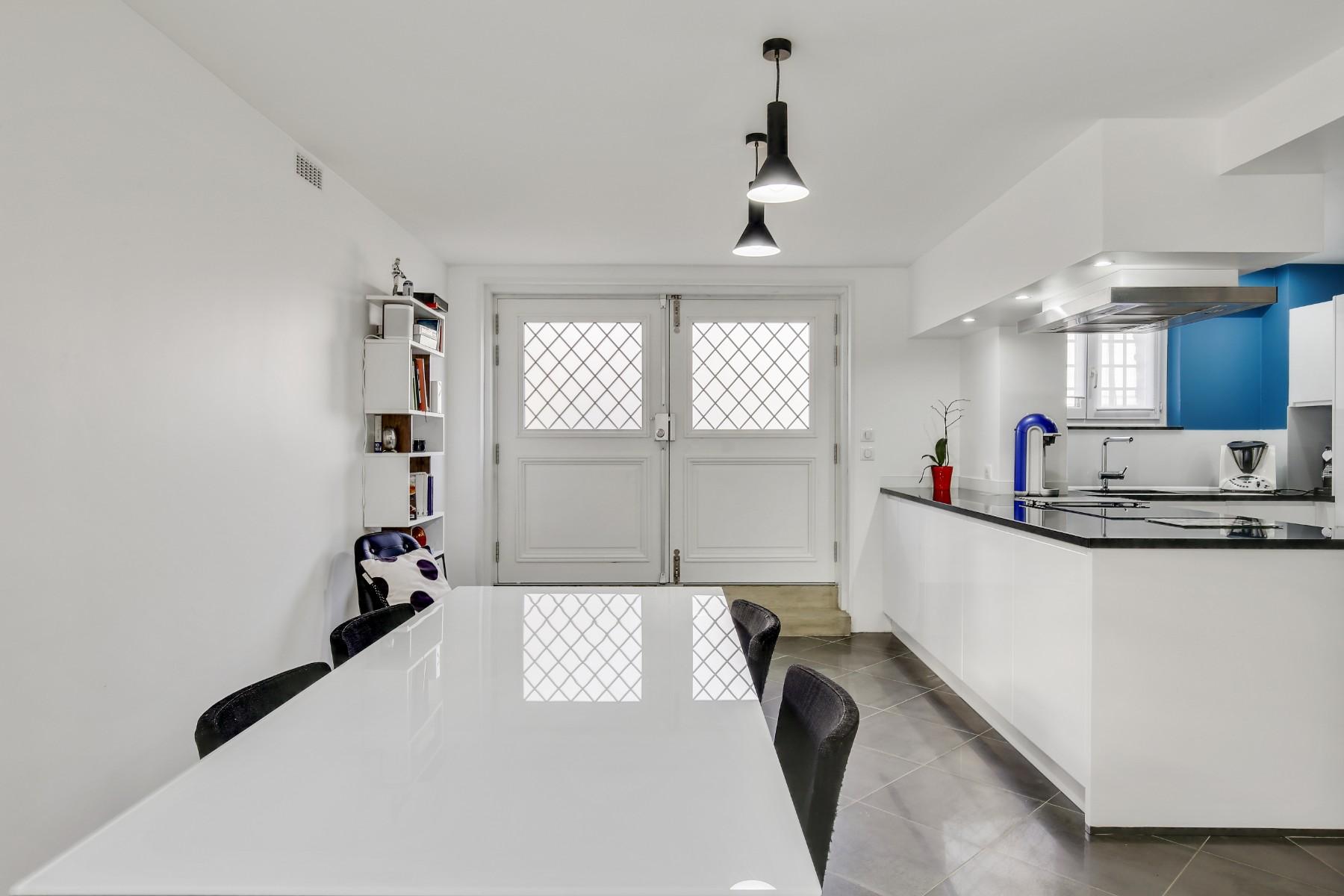 Entrée rénovée par un architecte Archibien, rénovation d'une cuisine, entrée, salon