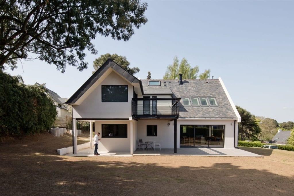 Rénovation et extension d'une maison secondaire vue de l'extérieure projet Archibien