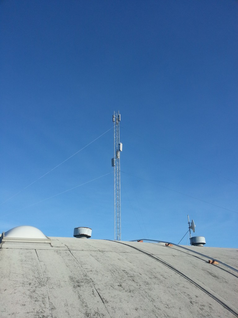 Antenna on 2512 Florida Avenue, Richmond to offer free Internet for those with antennas on their roofs