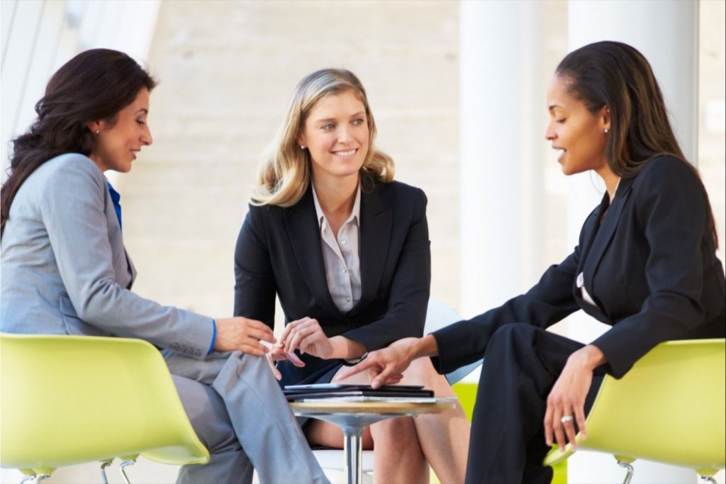 9 Ways Successful Group Networking Empowers Women Entrepreneurs