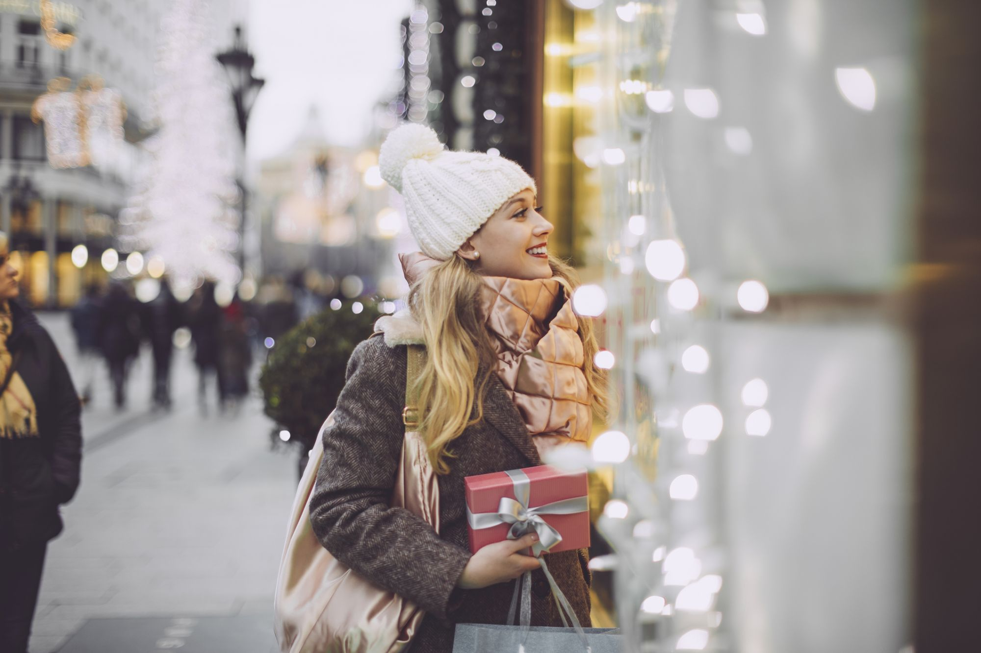 Holiday 2018 Spending Could Top $720 Billion. Here's Other Eye-Popping Numbers You Need to Know.