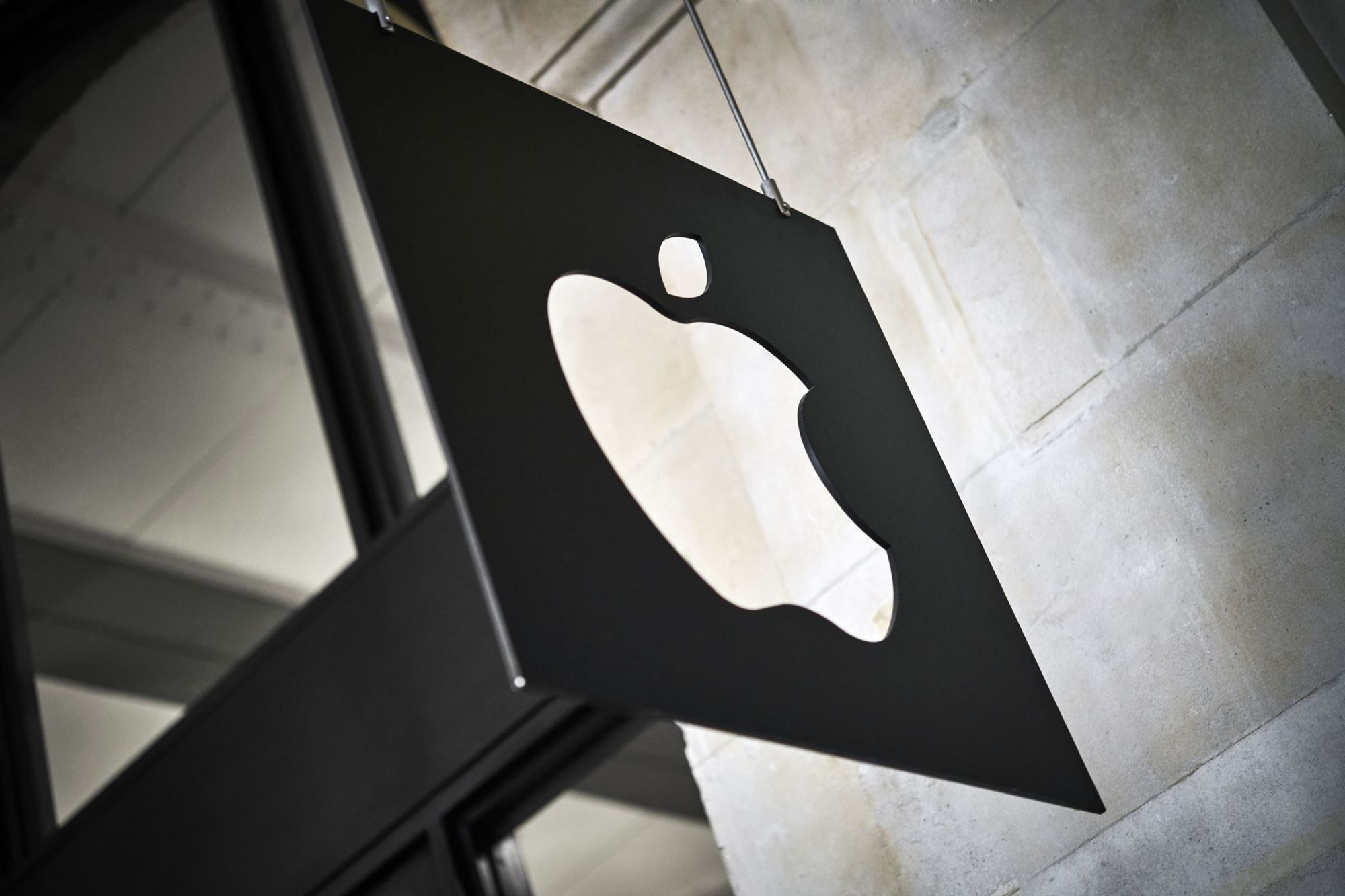'Sign in With Apple' Promises Better Customer Experiences But Is It Just More Lock-in?