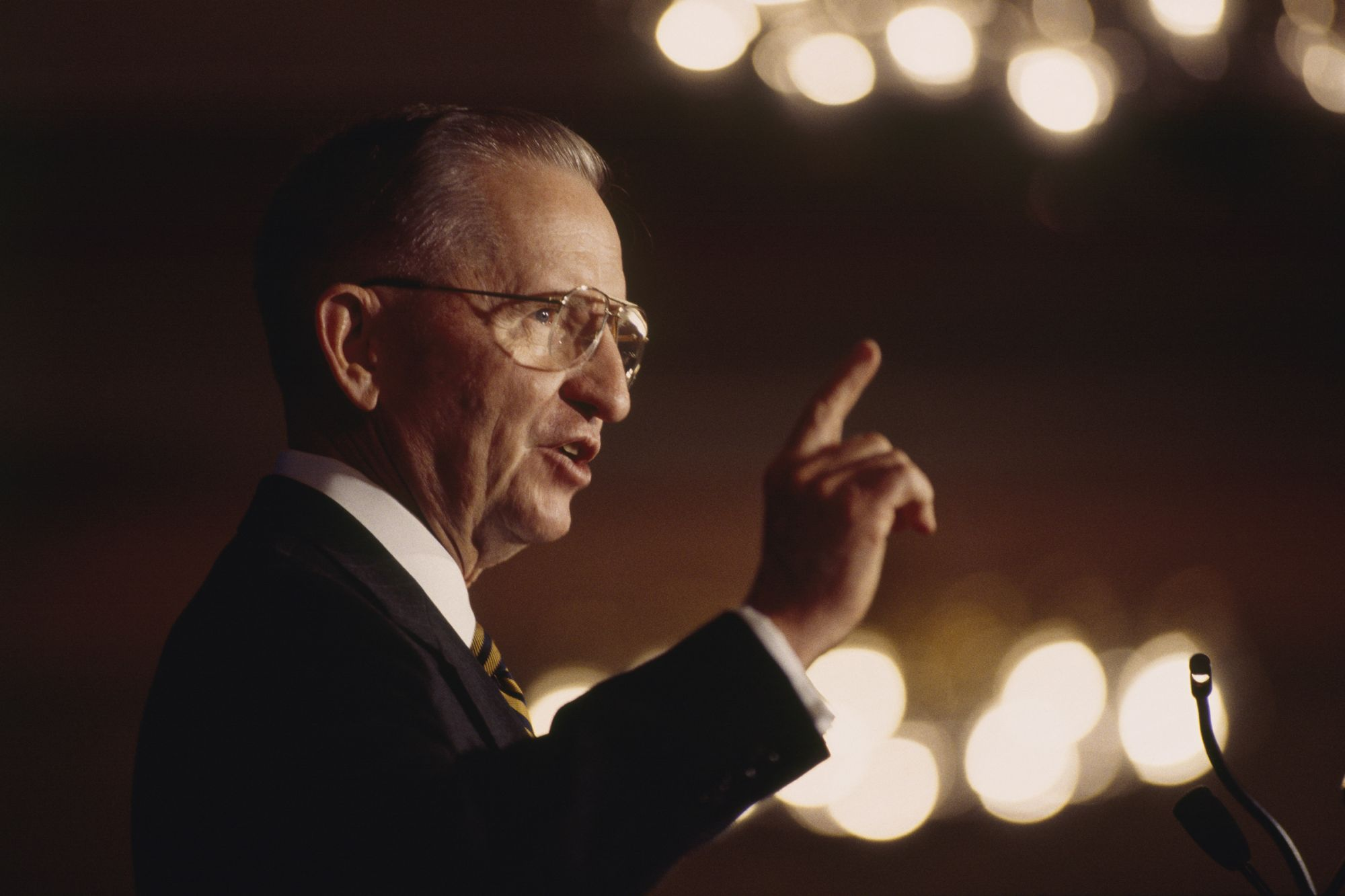 6 Quotes on Business and Life From Billionaire and 2-Time Presidential Candidate Ross Perot