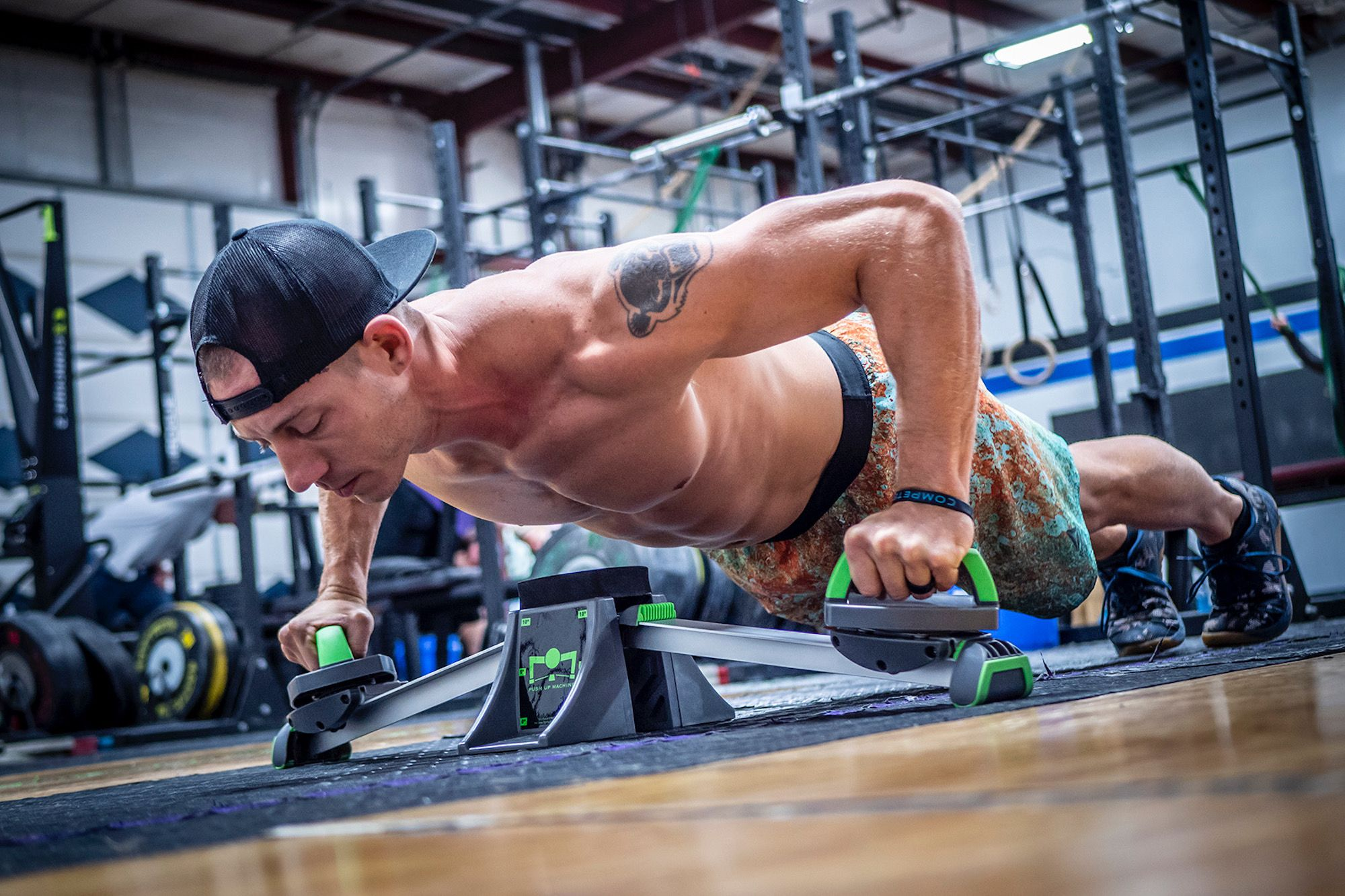 Get a Quick Workout Anywhere With This Push-Up Machine