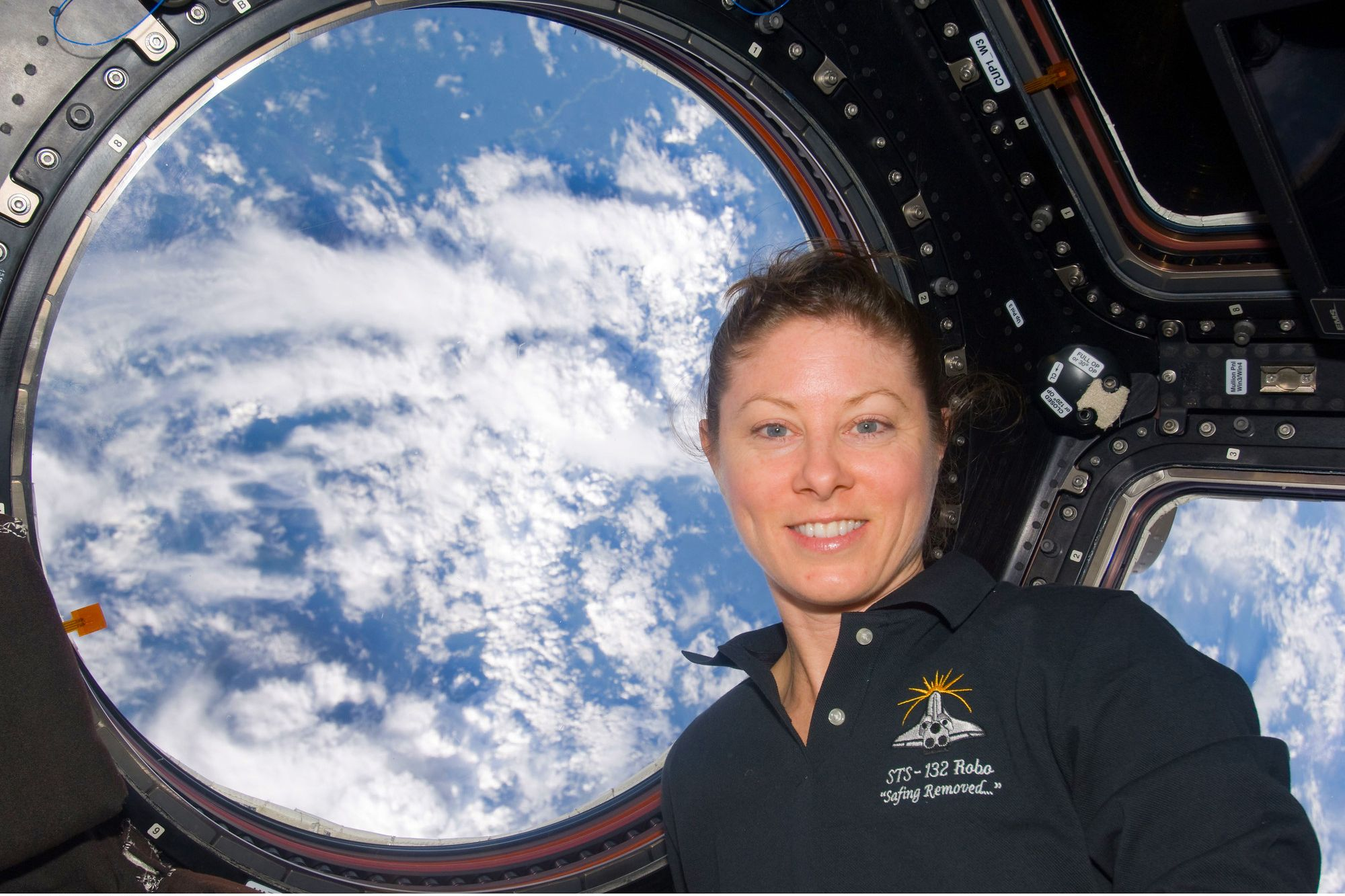Social Distancing Mental Health Tips From a NASA Astronaut Who Lived in Space