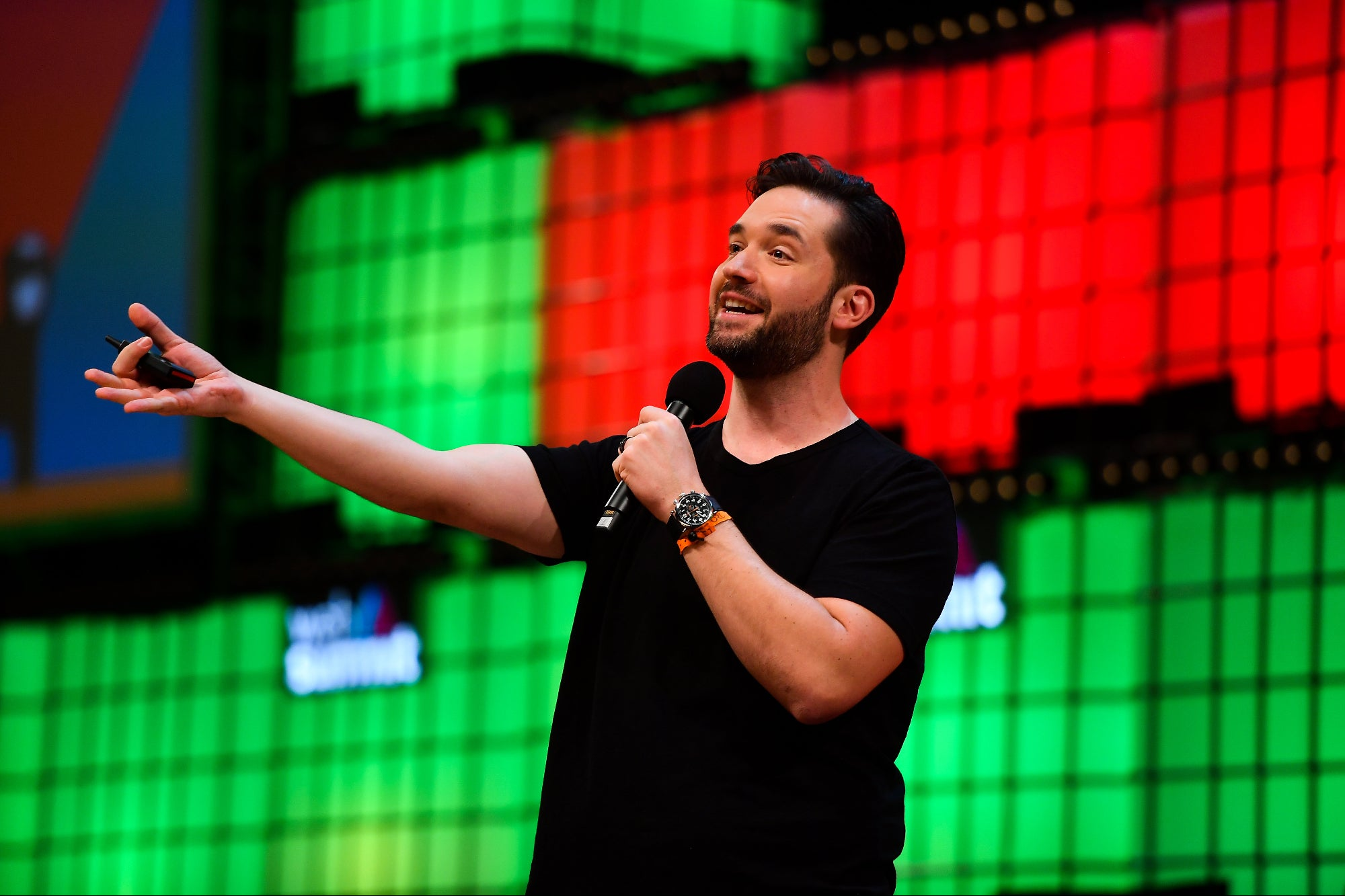 Alexis Ohanian's Resignation from Reddit is the Type of Leadership the World Needs