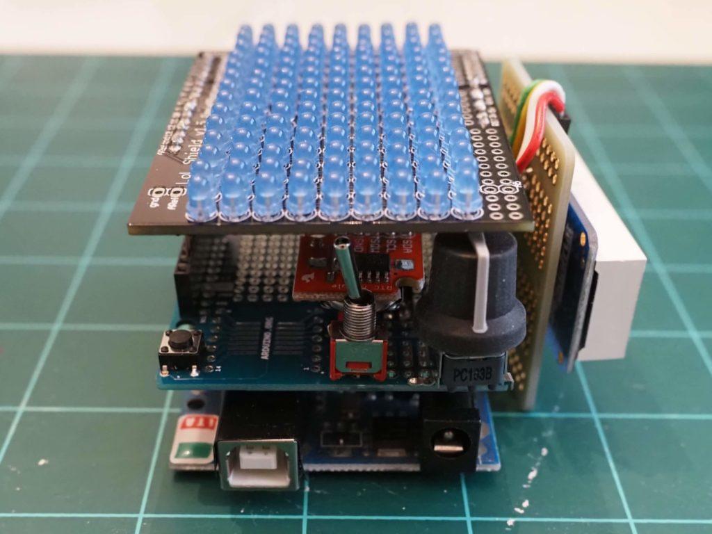20200426 timeCuboid 10 assemble lolshield end 1 - Electrogeek