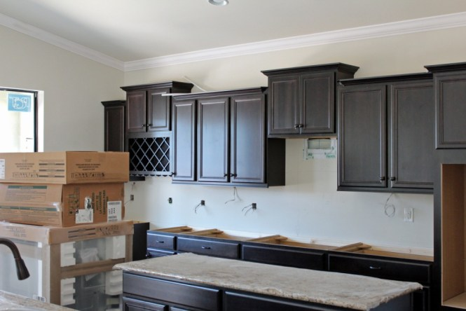 Install granite countertop without plywood bstcountertops for Granite overhang without support