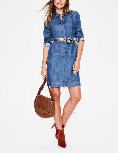 5-Ways-to-Make-Denim-Office-Appropriate-dress