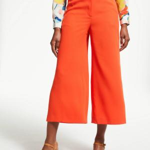 fashion-risks-bright-colors