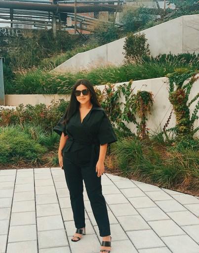 Armoire Boss Lady Jacqueline Rodriguez