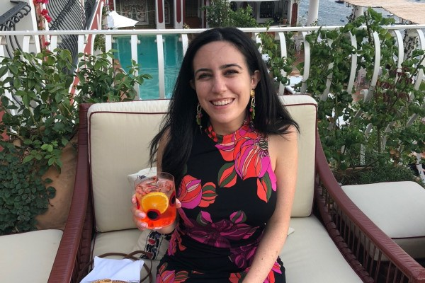 Meet Jessica Yergin — co-founder of Tails of Connection and Armoire member. Read about her life as a female entreprenuer and avid dog lover.