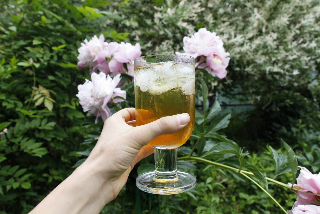 How to make loose-leaf iced tea