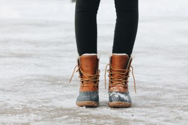 Keep your Feet Warm to Stay Healthy in Winter