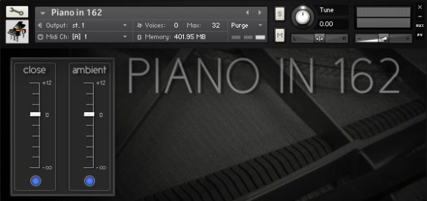 Piano In 162