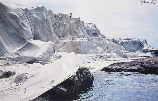 Wrapped Coast, Christo et Jeanne Claude