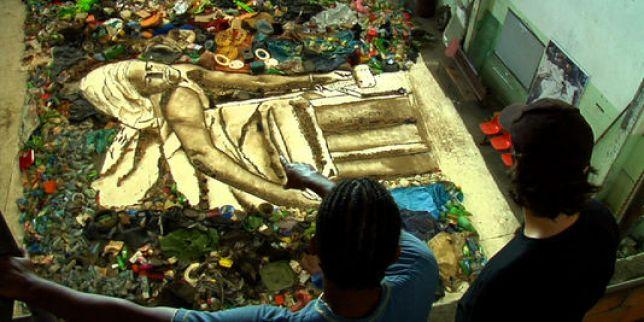 Vik Muniz, Artistes du recyclé