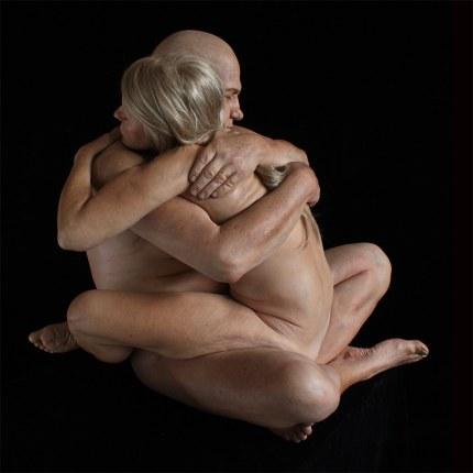 embrace mar sijan sculpture hyperréaliste